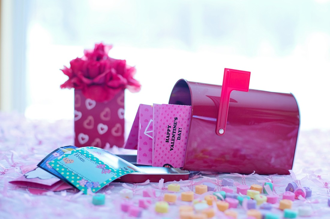 valentines-day-1182248_1920